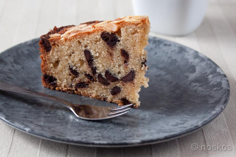 Amandel chocolate chip cake